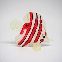 Load image into Gallery viewer, Glass Wh-Red Sea Fish