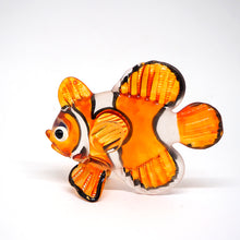 Load image into Gallery viewer, Glass Fish 051  Orange Crown Fish