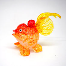 Load image into Gallery viewer, Glass GoldFish