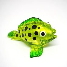 Load image into Gallery viewer, Glass Green Puffer Fish