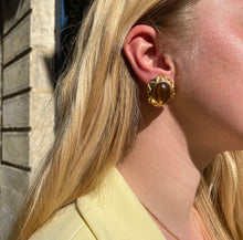 Load image into Gallery viewer, Golden cabochon honey earrings from Gigi Paris