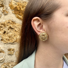 Load the image in the gallery, Orena golden round earrings with strings from Gigi Paris
