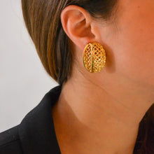 Load the image in the gallery, Openwork oval loops