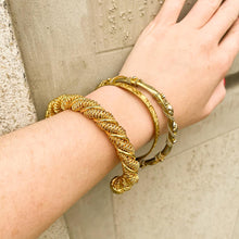 Load the image in the gallery, Golden striped bangle bracelet with Gigi Paris motifs