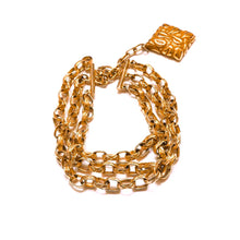 Load the image in the gallery, Chocker Escada with golden and red arabesque square pendant from GIGI PARIS