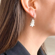 Load image into Gallery viewer, GIGI PARIS vintage jewelry Chanel earrings