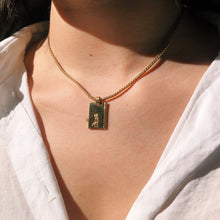 Load image into Gallery viewer, Gigi Paris Vintage Jewelry Fine Medal Necklace