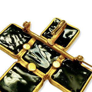 Gripoix brooch for Chanel imposing in the shape of a golden cross and black stones