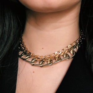 Chunky golden horse mesh chain long necklace