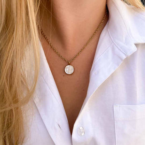 Chanel upcycled necklace total mother-of-pearl gold