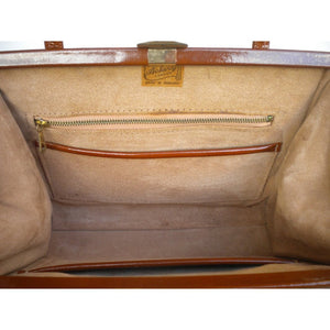 Elegant Vintage 50s/60s Toffee/Ginger/Tan Patent Leather Twin Handled Kelly Bag By Ackery Of London-Vintage Handbag, Kelly Bag-Brand Spanking Vintage