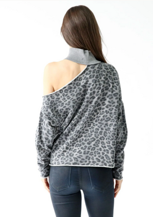 SALE! Bleecker Top [Grey Leopard]