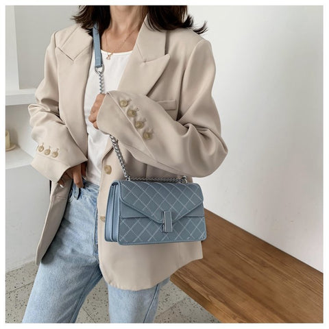Envelope style layer flap quilted PU leather crossbody bag
