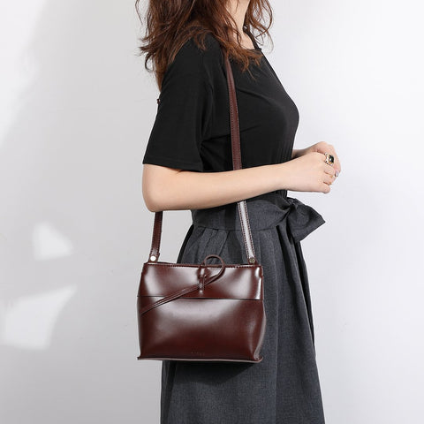 Loop strap polished PU leather crossbody bag