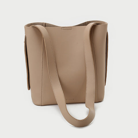 Topstitching PU leather 2-in-1 bucket bag