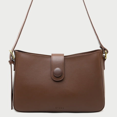 Strapped PU leather crossbodybag