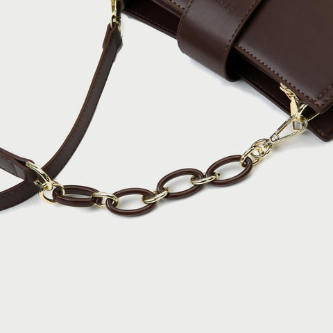 Contrast chain strap trapezoid PU leather shoulder bag