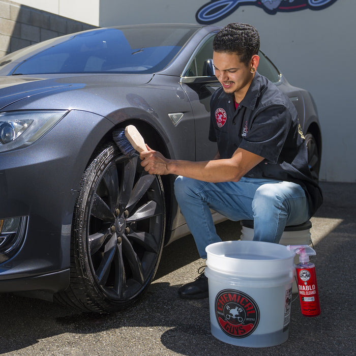 14-Piece Car Wash Kit w/ Foam Gun & Bucket | Tesla Car Wash Kit