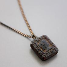 Load image into Gallery viewer, Vintage Glass Cameo Necklace