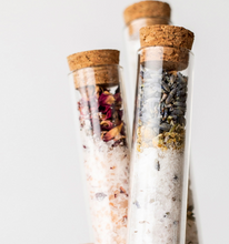 Load image into Gallery viewer, Shop the yummy Peppermint Tea Tree Bath Salt Soak by Nectar Republic at Federal & Black