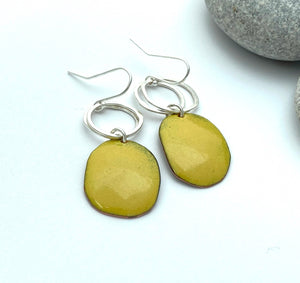 Mustard pebble enamek earrings