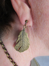 Load image into Gallery viewer, FEATHER BRONZE Earrings