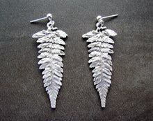 Load image into Gallery viewer, FERN Earrings