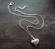 Load image into Gallery viewer, HEART 3 Necklace