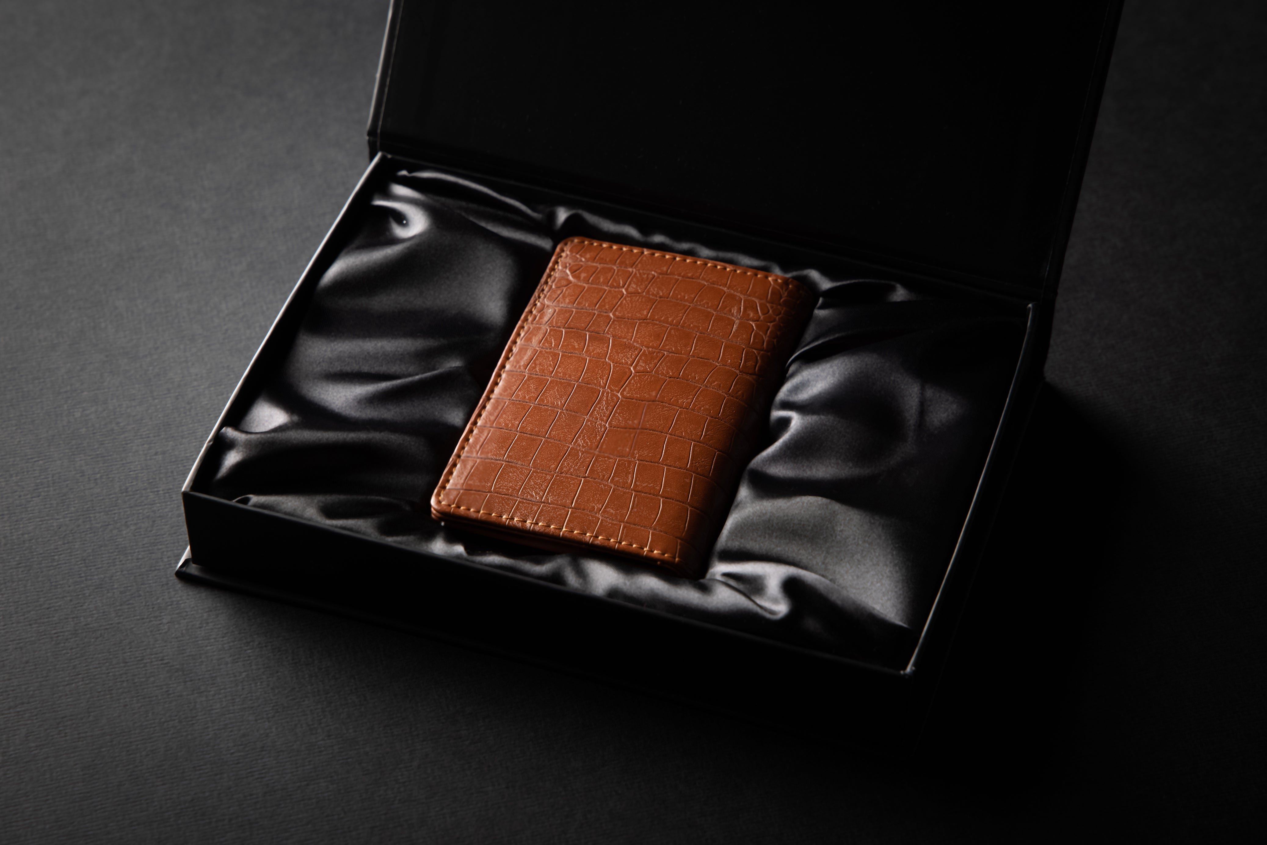 Luxury Premium Wallet Cardholder - Walnut Braun