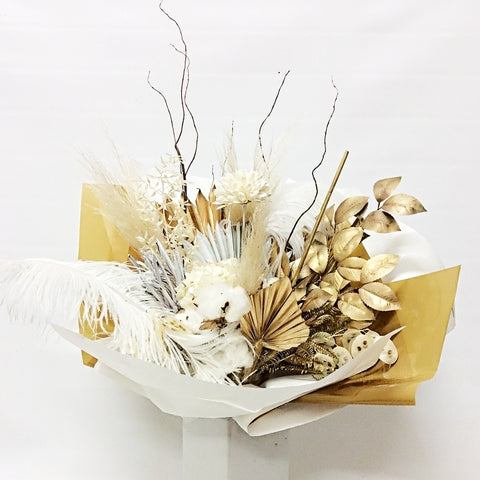 PRESERVED/DRIED ARRANGEMENTS