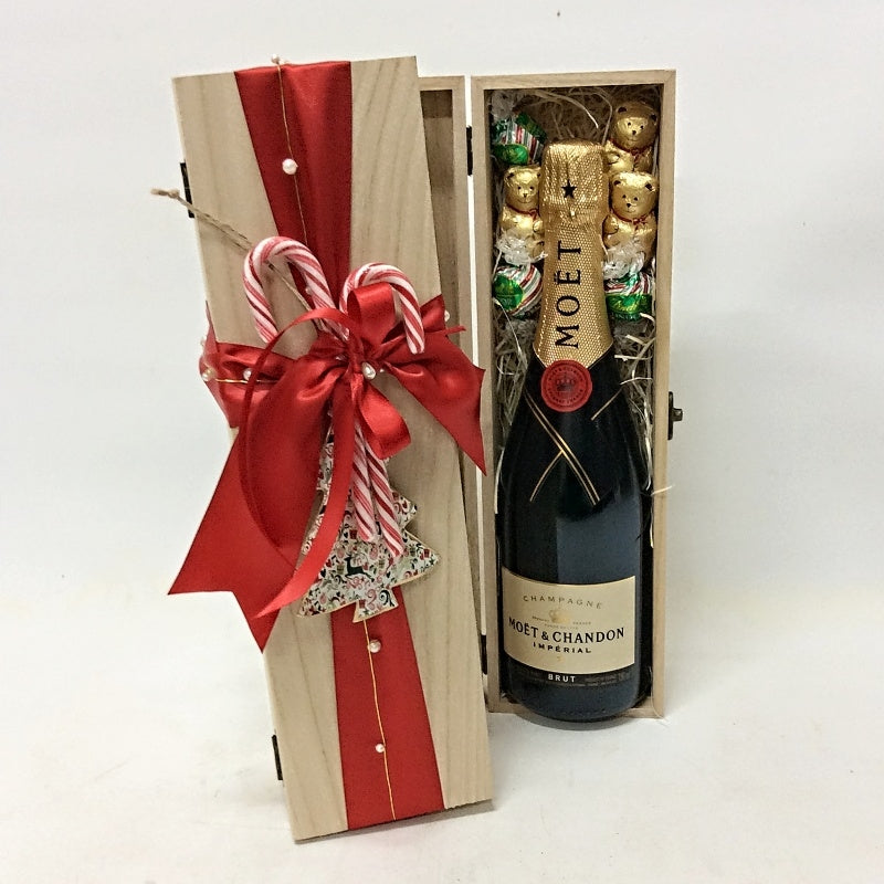 Christmas Wine Box with Decorations