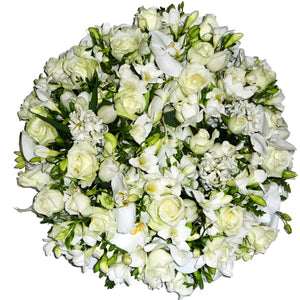 Solid White Round Wreath