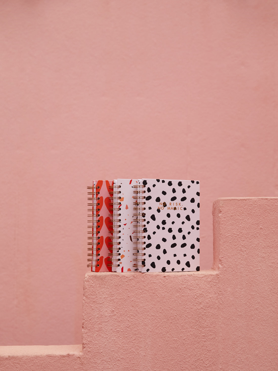 MAHRLA NOTEBOOK | BIG DOTS