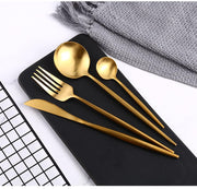 flatware Lia Golden Flatware Set Homeplistic