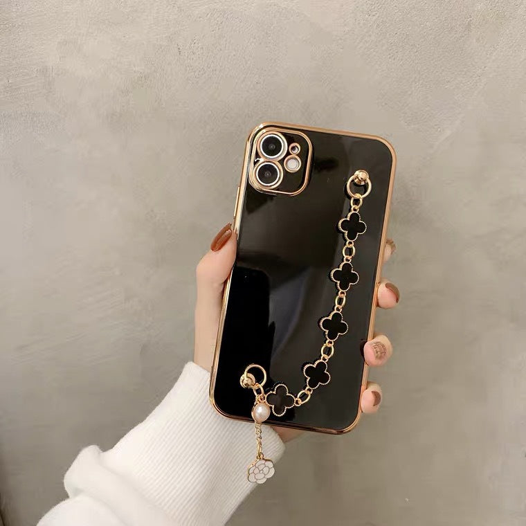 Lucky clover fashion iPhone Case