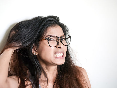 Dry scalp treatment, itchy scalp treatment, itchy scalp remedy, how to get rid of dry scalp