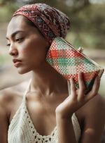 Load image into Gallery viewer, Kotta Florence Handwoven Straw Clutch - Zip & Mos
