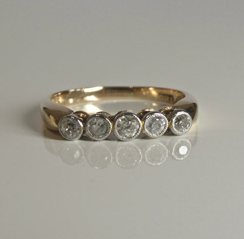 18ct Antique Diamond Ring 0.35ct TW of Diamonds