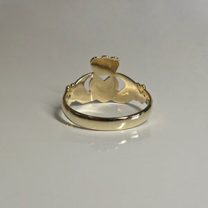 9ct Irish Claddagh Ring Unisex 3