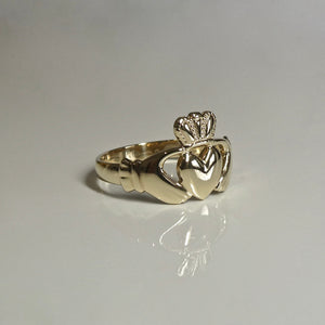 9ct Irish Claddagh Ring Unisex 5