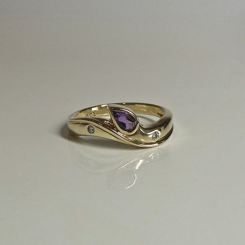 9ct Amethyst & Diamond Ring 0.30ct. Approx. 1