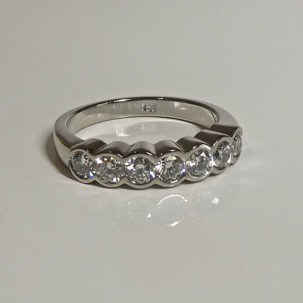 Classic 7-stone Diamond ring
