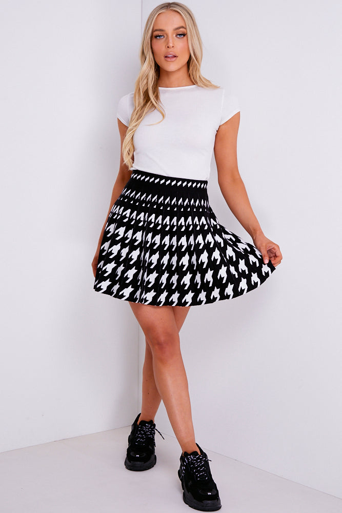 Black And White Houndstooth Knitted Pleated Tennis Skirt