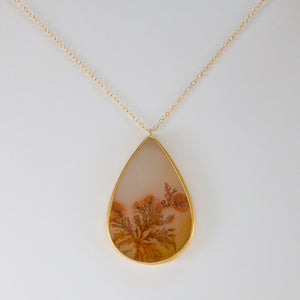 Teardrop-Shaped Orange Dendritic Agate Necklace