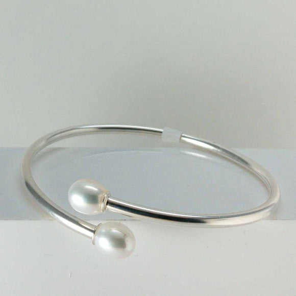 Sterling Silver Freshwater Pearl Cuff