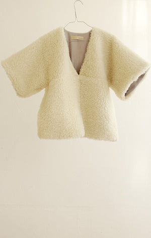 TOP#01_OFF–WHITE TOP IN WOOLLEN PLUSH