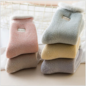 5Pairs  embroidered women warm socks winter snow