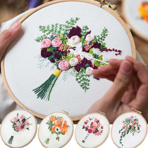 Flower Bouquet DIY Embroidery Kit Needlework Cross Stitch with Hoop Frame for Beginner Swing Art Painting Handcraft Wedding Gift