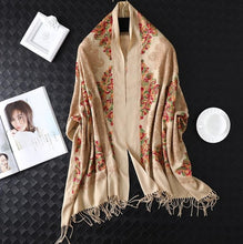 Load image into Gallery viewer, female foulard blanket Tassel