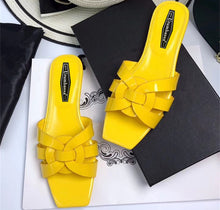 Load image into Gallery viewer, Fashion women's summer high quality real leather slippers